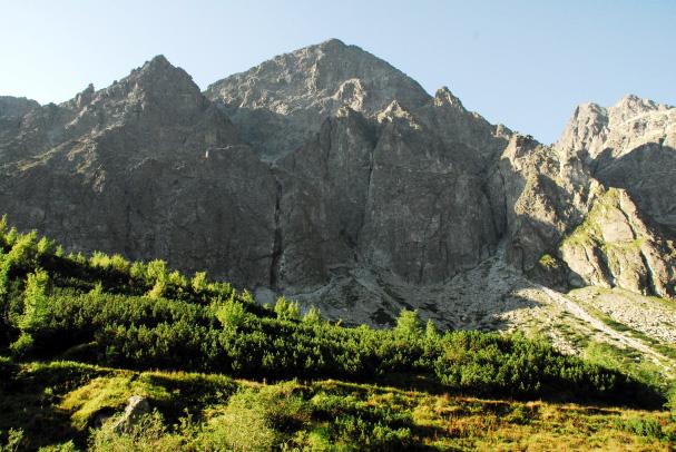 Mohutná stena Malého Kežmarského štítu